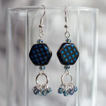 Fronsinine earrings with six rings