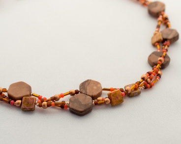 Multi-stranded fideline necklace