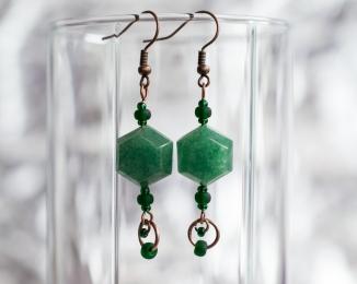 Manutine earrings with copper rings